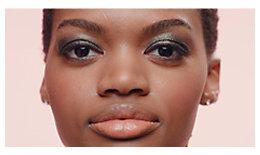 Tutorial de ojo con efecto ahumado iridiscente - Dorado, bronce y más | Laura Mercier
