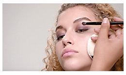 Tutorial de maquillaje brillante con la paleta de sombras para ojos Hidden Gems Eye Shadow Palette | Laura Mercier