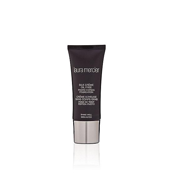Base de maquillaje sin aceite Silk Crème Oil FreeFoundation